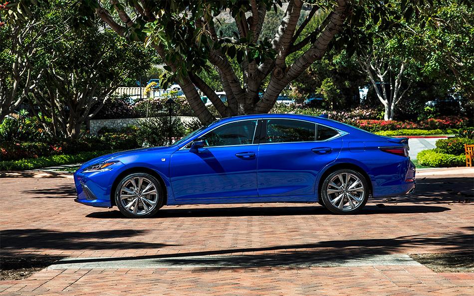 Lexus ES 350 Signature